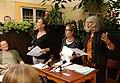 Vienna 2013-08-13 Sittl - 'in memoriam Rolf Schwendter' 005 From left, organizer Erwin Leder (sitting), Eva Fillipp, Helga Golinger, Susanna Schwarz-Aschner.jpg