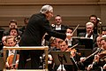 Vienna Philharmonic Orchestra, Carnegie Hall, conducted by Michael Tilson Thomas (47311080061).jpg