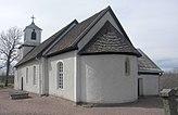 Fil:Vilske-Kleva kyrka med absid exteriör.jpg