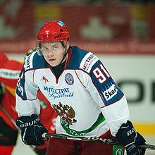 тарасенко фото хоккеист