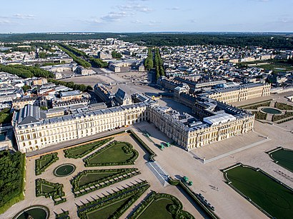 how to get to ch226teau de versailles in versailles by bus