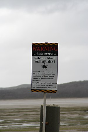 Robbins Island (Tasmania) - Sign at crossing to Robbins Island from Tasmanian mainland.