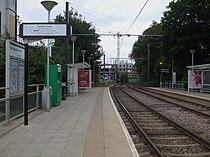 Wandle Park tramstop look west.JPG
