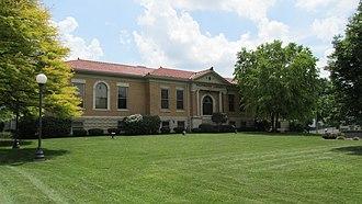 Wilmington Public Library - Image: Wilmington Ohio Library 1