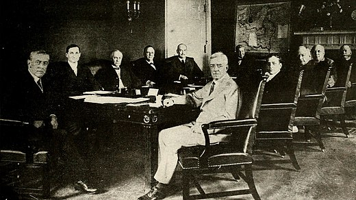 Woodrow Wilson and his cabinet (1918) Wilson Cabinet 2.jpg