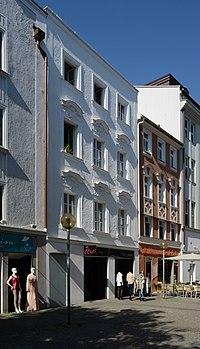 Wohn- und Geschäftshaus Theresienstraße 6 (Passau) d.jpg