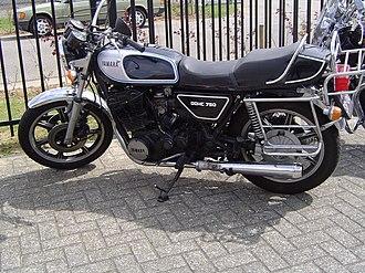 Yamaha XS750 - Image: Yamaha XS 750