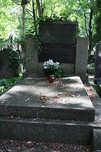 Zygmunt Batowski Natalia Batowska grób 01.JPG