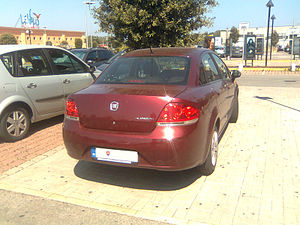 ' 06 - ITALY - Fiat Linea Bennet 2.jpg