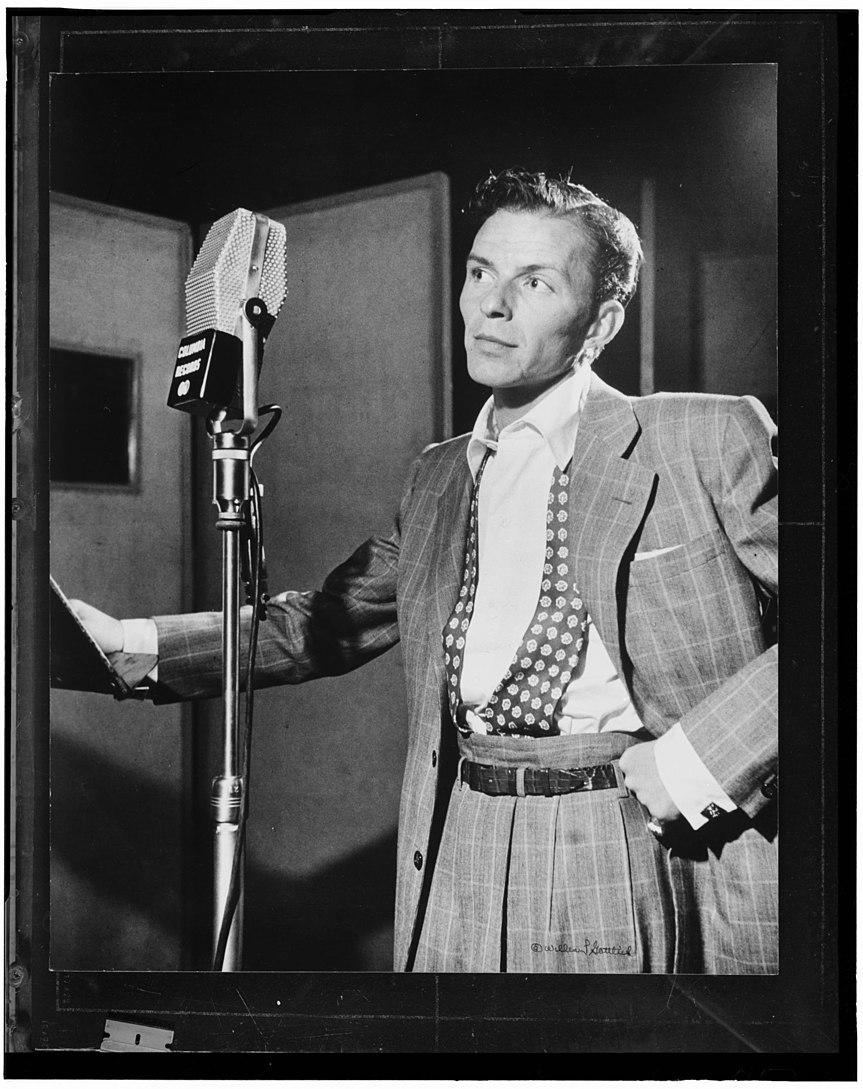 (Portrait of Frank Sinatra, Liederkrantz Hall, New York, N.Y., ca. 1947) (LOC) (4843758334)