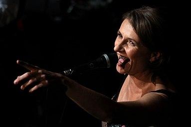 Österreichischer Kabarettpreis 2012 14 Birgit Denk und die Novaks.jpg