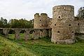 Ворота в крепость Копорье.jpg