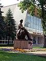 Пам'ятник на площі Шевченка 04.jpg