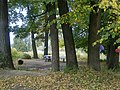 Усадьба Петровское, парк с прудами, липовая беседка 01.jpg