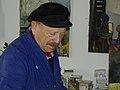 משה רוזנטליס בסטודיו ביפו, 2003.jpg