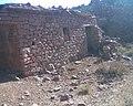 بيت قديم و تقليدي من العهد الاستعماري رغم قدمه لكنه بقي صامدا..01.jpg