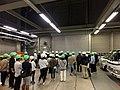 緑と白のヘルメット (23990940158).jpg