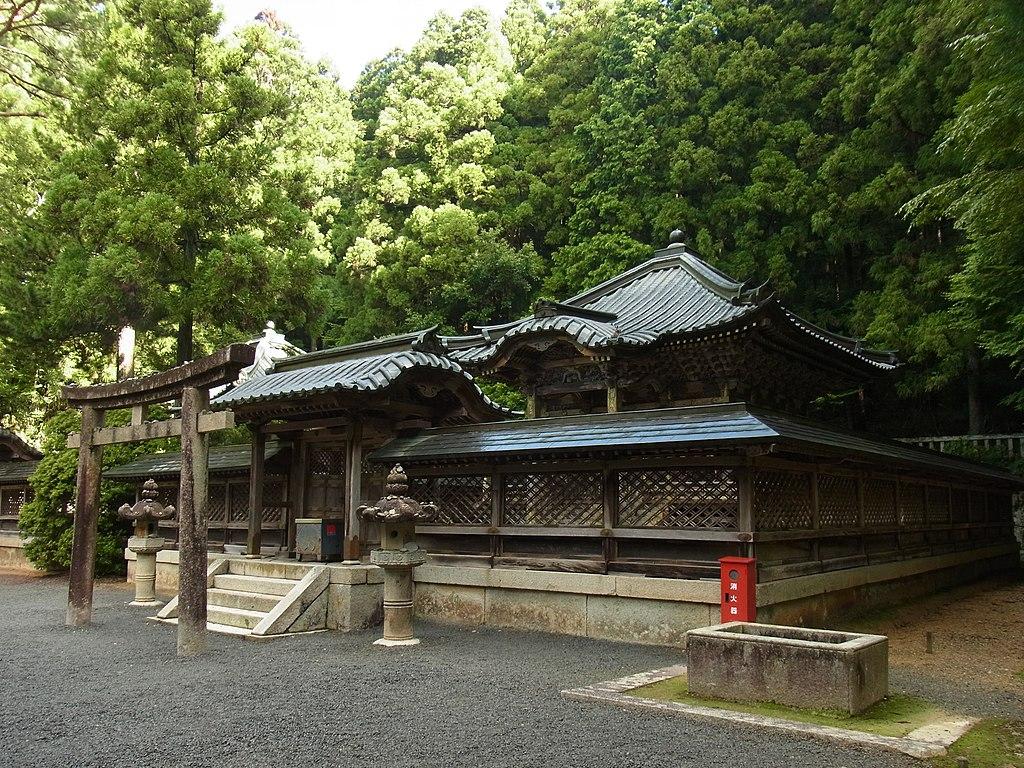 高野山・徳川家霊台にて 徳川家康の霊屋 Mausoleum of Tokugawa Ieyasu 2011.8.27 - panoramio