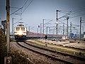 02423 Dibrugarh Rajdhani Express approaching Katihar.jpg