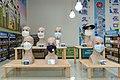 03.13 總統參訪「華新創意生活館口罩觀光工廠」暨訪視受傷員工 (49654756977).jpg