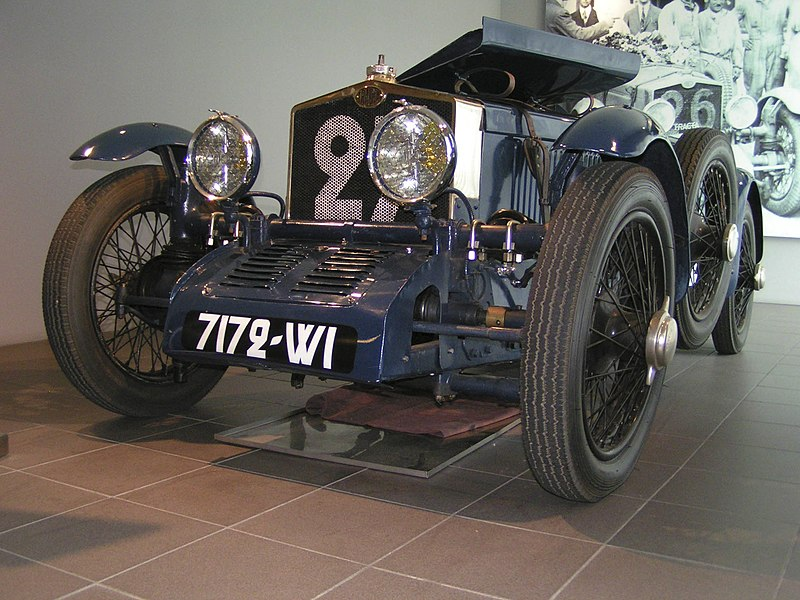 File:1929TractaA-front.jpg