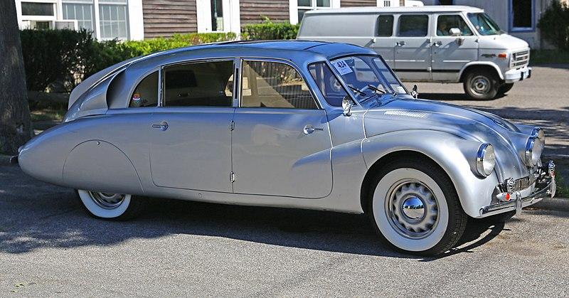 File:1941 Tatra 87 49870 front.jpg