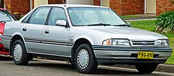 1987-1989 Ford Telstar (AT) Ghia sedan (2010-09-23).jpg