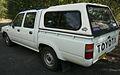 1994-1997 Toyota Hilux (RN85R) DX 4-door utility 04.jpg