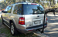 2004 Ford Explorer (UZ) XLT wagon (2009-07-05) 02.jpg