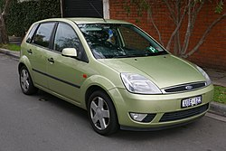 2005 Ford Fiesta (WP) Ghia 5-door hatchback (2015-07-24) 01.jpg