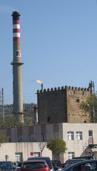 Muskiz - Castle of Muñatones and refinery of Petronor.