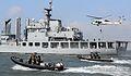 2011.1.22 해군2함대 해상 대테러 훈련 (7633950426).jpg