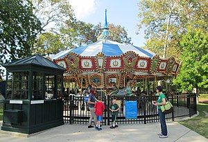Franklin Square (Philadelphia) - The Liberty Carousel