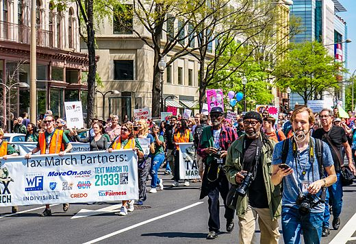 2017.04.15 -TaxMarch Washington, DC USA 02380 (33903053532).jpg