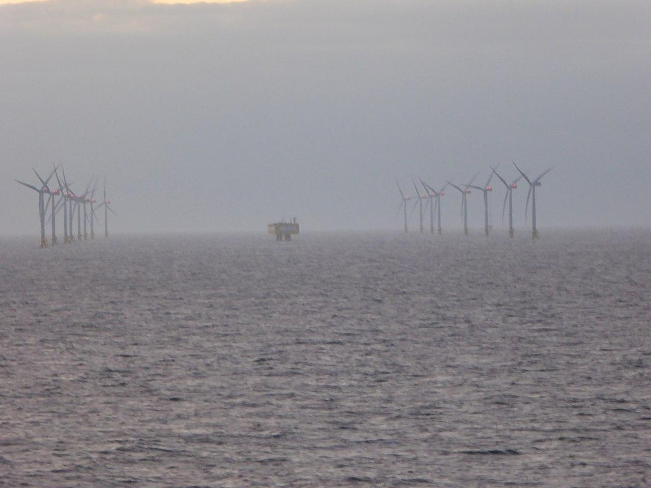20170613 xl P1120777-Ostsee-Windpark-zwischen-Deutschland-und-Schweden.jpg