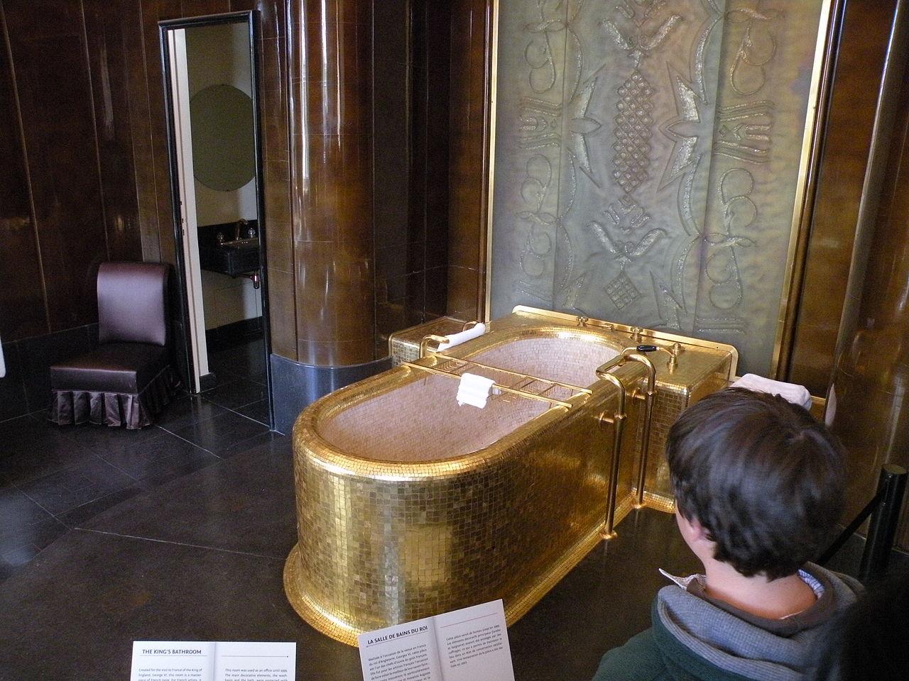 File 37 quai d 39 orsay salle de bain du roi for Salle de bain wikipedia