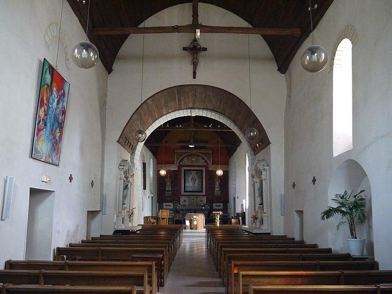La nef de l'église Saint-Gilles.