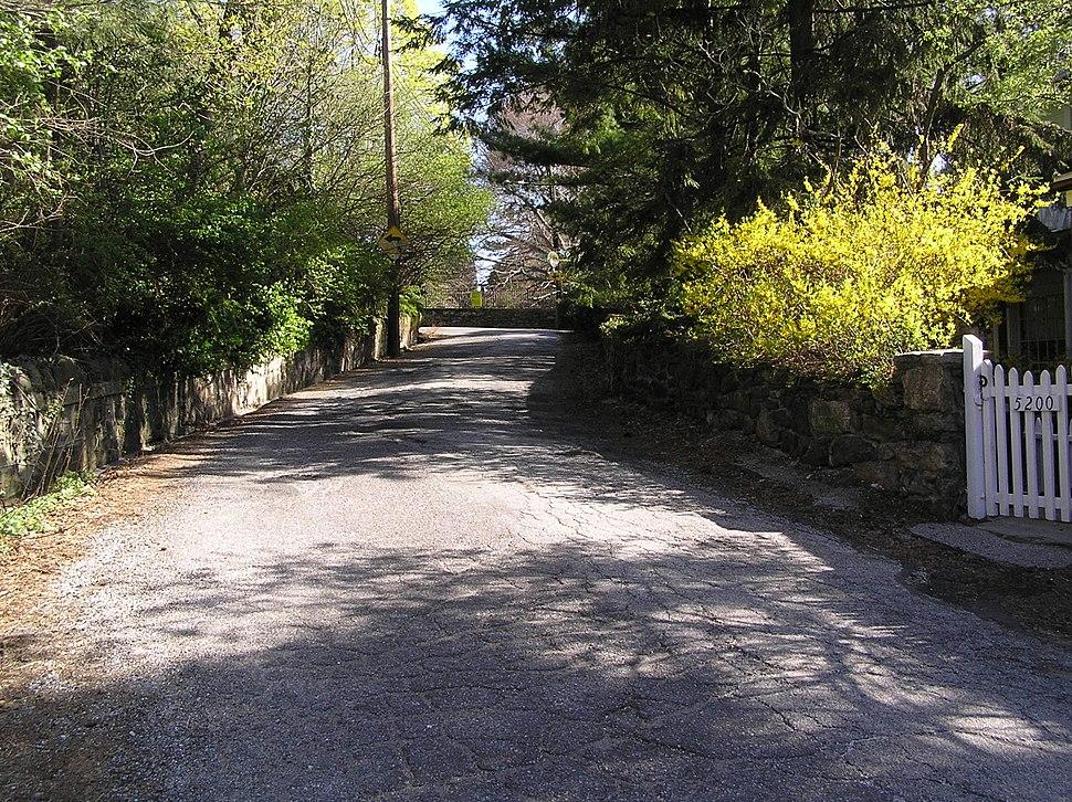 5200 block of Palisade Avenue year 2006