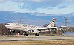 A6-AFC Airbus A330-343X A333 -ETD (11870435296).jpg