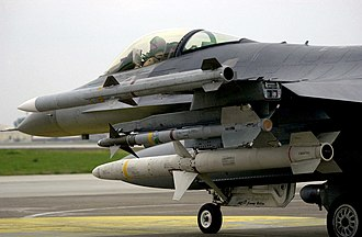 AGM-88 HARM - F-16 carrying an AIM-120 AMRAAM (top), AIM-9 Sidewinder (middle) and AGM-88 HARM