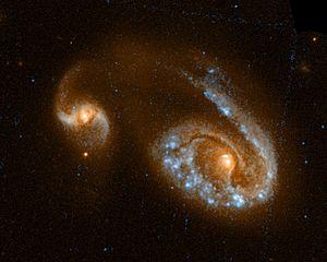 Hubble-Aufnahme von NGC 5278/79