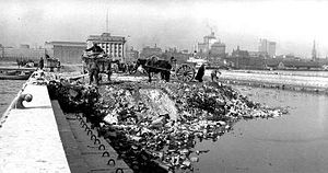 English: A garbage dump on the Toronto waterfr...