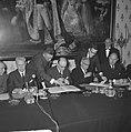 Accoord Schelde-Rijnverbinding getekend, zittend v.l.n.r. minister Fayat , Eerst, Bestanddeelnr 915-1533.jpg