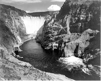 History of Las Vegas - Hoover Dam in 1942