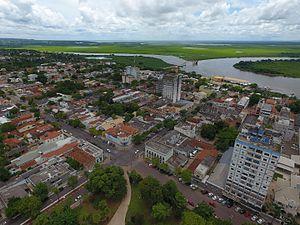 f7fdb24820fae Vista parcial da cidade e do Rio Paraguai.