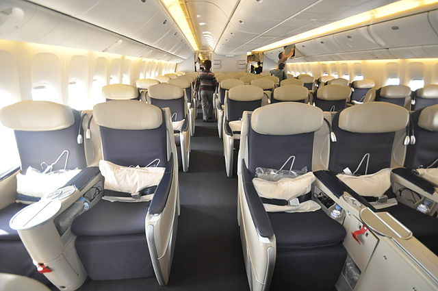 File air france aviation business class b777 300er jpg for Interieur avion air france