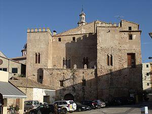 Albalat dels Tarongers - Castle-Palace of Albalat dels Tarongers, protected as Bien de Interés Cultural.