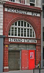 Aldwych tube station 1.jpg