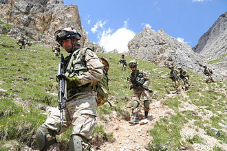 Italian Army - Alpini of the 7th Alpini Regiment during the Falzarego 2011 exercise