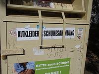 Altkleider-Container, Haytex Textilrecycling, Farbe: gelb
